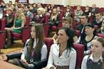 Количество премий Президента РФ молодым ученым сократилось, но выросла сумма вознаграждения