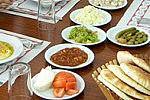 Средиземноморская диета позволяет есть после шести вечера и остаться здоровым