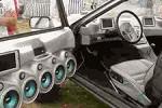 Стоит ли ставить хорошую звуковую систему в автомобиль?