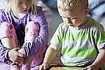 Сенсорные устройства приводят к замедлению развития у детей