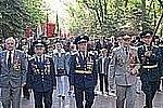 Тысячи жителей Сахалина возложили цветы к монументам погибшим