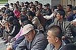 В Благовещенске у здания амурского правительства граждане КНР устроили пикет
