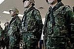 Армия Таиланда, для сохранения закона и порядка, ввела в стране военное положение
